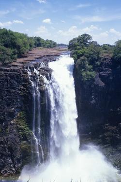 Victoria Falls by Carlos Dominguez