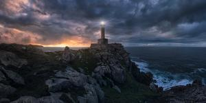 The Light at the End of the World by Carlos F. Turienzo