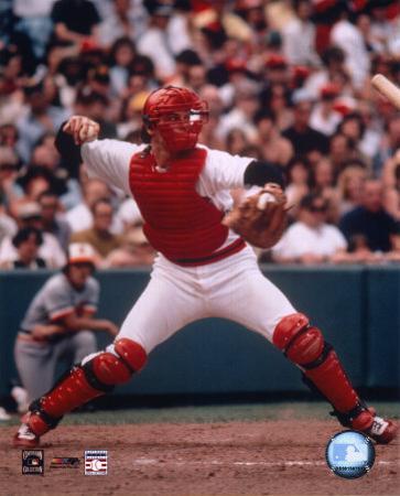 Carlton Fisk - Throwing in catchers gear