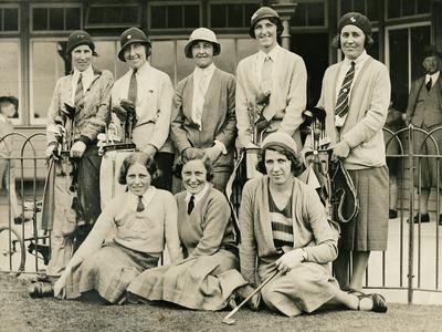 https://imgc.allpostersimages.com/img/posters/carnoustie-open-tournament-1930s_u-L-PPQFU40.jpg?p=0