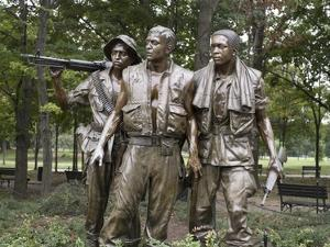 Vietnam memorial soldiers by Frederick Hart, Washington, D.C. by Carol Highsmith