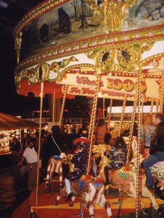 https://imgc.allpostersimages.com/img/posters/carousel-1993_u-L-Q1074XU0.jpg?p=0