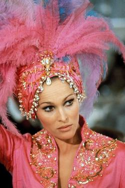 CASINO ROYALE, 1967 directed by JOHN HUSTON, ROBERT PARRISH, KEN Ursula Andress (photo)