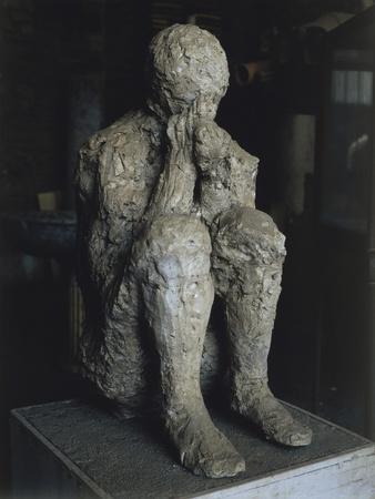 https://imgc.allpostersimages.com/img/posters/cast-of-one-of-victims-of-eruption-of-vesuvius-in-79-ad-in-pompeii_u-L-POP5KU0.jpg?p=0