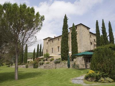 https://imgc.allpostersimages.com/img/posters/castello-di-spaltenna-now-a-hotel-gaiole-in-chianti-chianti-tuscany-italy-europe_u-L-P7NTK00.jpg?p=0