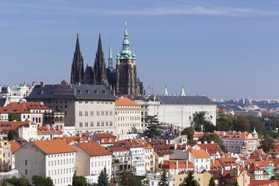 https://imgc.allpostersimages.com/img/posters/castle-district-hradcany-with-st-vitus-cathedral-and-royal-palace-seen-from-petrin-hill_u-L-PQ8PTN0.jpg?artPerspective=n