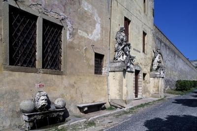 https://imgc.allpostersimages.com/img/posters/catajo-castle_u-L-PPQAUF0.jpg?p=0