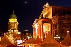 Germany, Berlin, Gendarmenmarkt, Christmas Market, Lighting, Night by Catharina Lux