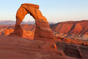 USA, Utah, Arches National Park, Delicate Arch by Catharina Lux