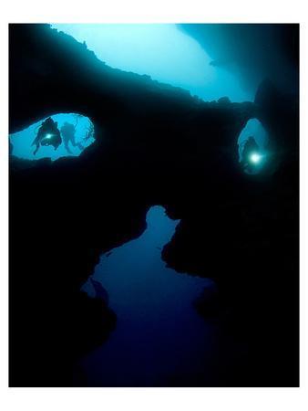 https://imgc.allpostersimages.com/img/posters/cathedral-at-pescador-island_u-L-F9BQCB0.jpg?artPerspective=n