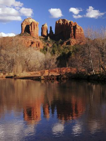 https://imgc.allpostersimages.com/img/posters/cathedral-rock-and-reflections-at-sunset-red-rock-crossing-sedona-arizona-usa_u-L-PHADQ00.jpg?p=0