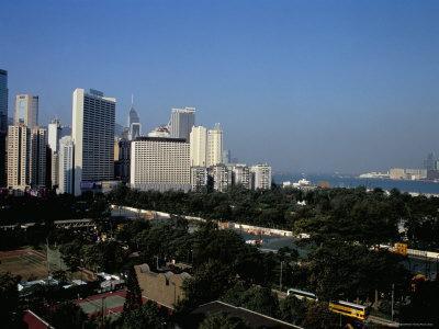 https://imgc.allpostersimages.com/img/posters/causeway-bay-and-victoria-park-hong-kong-island-hong-kong-china_u-L-P1JZTH0.jpg?p=0