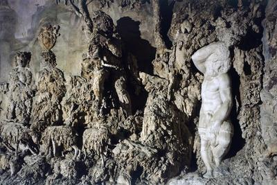 https://imgc.allpostersimages.com/img/posters/cave-of-buontalenti-or-great-cave_u-L-PRLH5D0.jpg?p=0