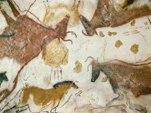 Cave of Lascaux, Ceiling of the Diverticulum: a Horse and Three Cows, C. 17,000 BC