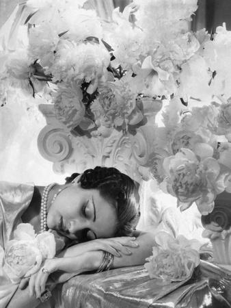 Vogue - July 1935 - Princess Karam of Kapurthala