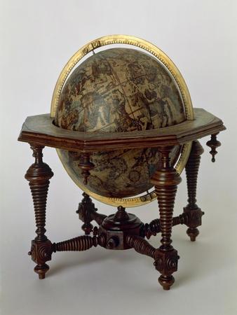 https://imgc.allpostersimages.com/img/posters/celestial-globe-1693_u-L-PP15P00.jpg?p=0