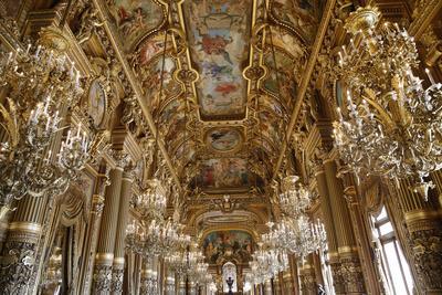 https://imgc.allpostersimages.com/img/posters/celling-of-the-grand-foyer-opera-palais-garnier-france_u-L-Q1GYKDR0.jpg?artPerspective=n