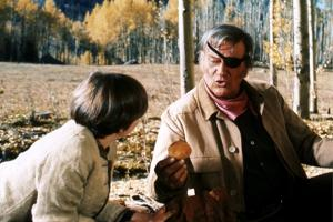 Cent Dollars pour un Sherif TRUE GRIT by Henry Athaway with John Wayne and Kim Darby, 1969 (photo)