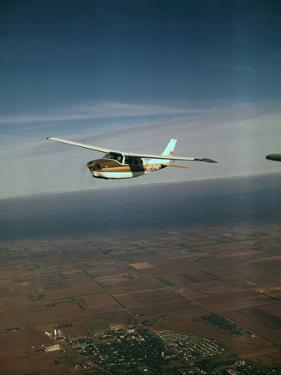 Cessna 210 Centurion Flying
