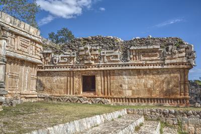 https://imgc.allpostersimages.com/img/posters/chac-mask-rain-god-the-palace-labna-mayan-ruins-yucatan-mexico-north-america_u-L-PWFR3U0.jpg?p=0