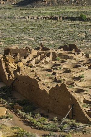 https://imgc.allpostersimages.com/img/posters/chaco-ruins-in-the-chaco-culture-nat-l-historic-park-unesco-world-heritage-site-new-mexico-usa_u-L-PIB2FH0.jpg?p=0