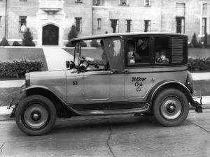 Tacoma Taxicab & Transfer Co, 1927 by Chapin Bowen