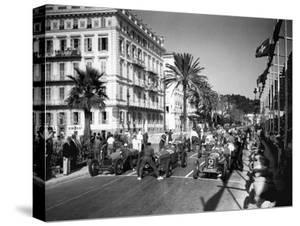 Depart du Grand Prix automobile de Nice 1934 by Charles Delius