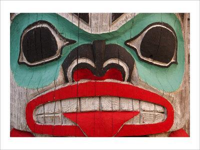 Great Northwest Bear Totem