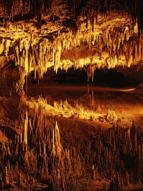 Luray Caverns, Luray, Virginia, USA by Charles Gurche