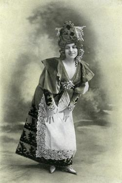 Charlotte Wiehe, 1901 by Charles Reutlinger