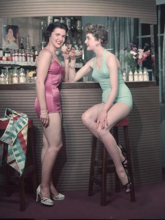 Cocktail Girls 1950S 3, 4 by Charles Woof