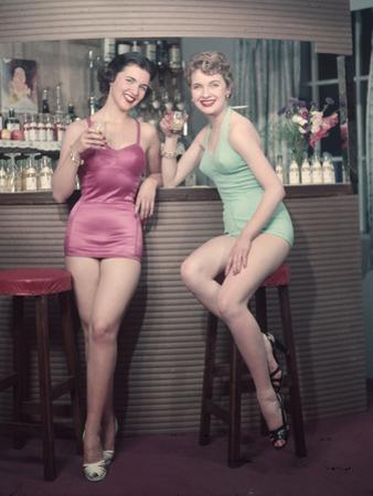 Cocktail Girls 1950s by Charles Woof