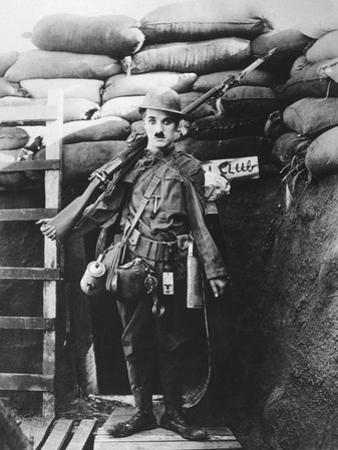 Charlie Chaplin, Shoulder Arms, 1918