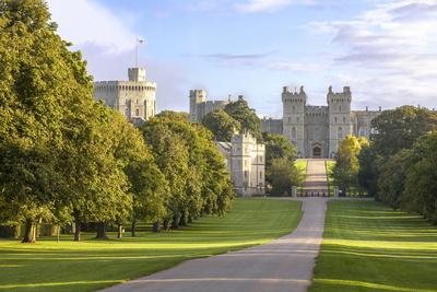The Long Walk with Windsor Castle in the Background, Windsor, Berkshire, England