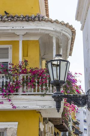 https://imgc.allpostersimages.com/img/posters/charming-old-world-balconies-cartagena-colombia_u-L-Q1CZLW70.jpg?p=0
