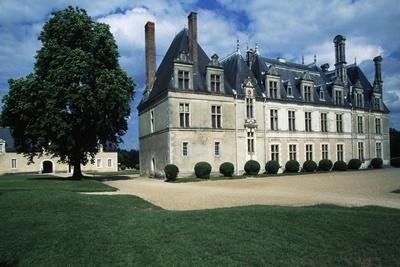 https://imgc.allpostersimages.com/img/posters/chateau-de-beauregard_u-L-PPQFDP0.jpg?p=0