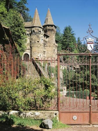 https://imgc.allpostersimages.com/img/posters/chateau-de-rochelambert-15th-16th-century-near-puy-france_u-L-POPUIM0.jpg?artPerspective=n