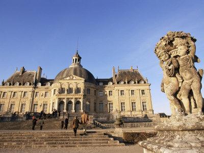 https://imgc.allpostersimages.com/img/posters/chateau-de-vaux-le-vicomte-ile-de-france-france_u-L-P1TW640.jpg?p=0