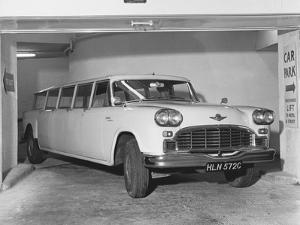 Checker Aerocar Automobile