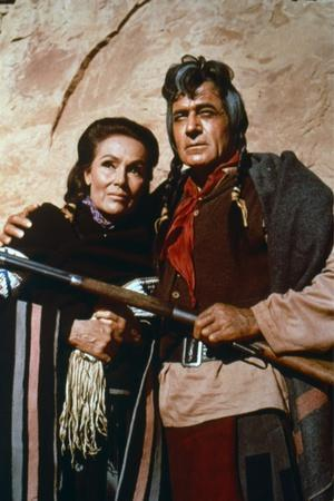 https://imgc.allpostersimages.com/img/posters/cheyenne-autumn-1964-directed-by-john-ford-dolores-del-rio-and-ricardo-montalban-photo_u-L-Q1C3ZTK0.jpg?artPerspective=n