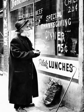 Chicago Homeless Man on Thanksgiving, 1952