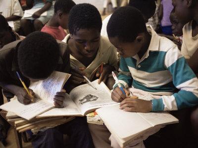 https://imgc.allpostersimages.com/img/posters/children-in-school-in-espungabera-mamica-province-mozambique-africa_u-L-P1TQI30.jpg?p=0