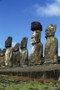 Chile, Easter Island, Rapa-Nui National Park, Ahu Tongariki, Moai Statues
