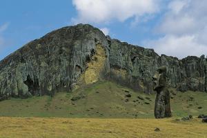 Chile, Easter Island, Rapa-Nui National Park, Moai Statue