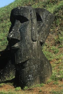 Chile, Easter Island, Rapa-Nui National Park, Rano Raraku, Anthropomorphic 'Moai' Monoliths