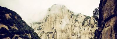 https://imgc.allpostersimages.com/img/posters/china-10mkm2-collection-mount-huashan-shaanxi_u-L-PZ7KVK0.jpg?p=0