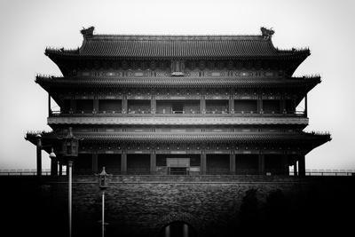 https://imgc.allpostersimages.com/img/posters/china-10mkm2-collection-qianmen_u-L-PZ7PMS0.jpg?p=0