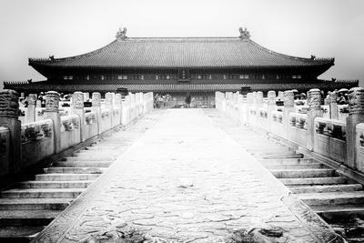 https://imgc.allpostersimages.com/img/posters/china-10mkm2-collection-stairs-forbidden-city_u-L-PZ7BMH0.jpg?p=0