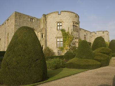 https://imgc.allpostersimages.com/img/posters/chirk-castle-with-topiary-wrexham-on-the-border-between-england-and-wales-wales-uk_u-L-PFNNTW0.jpg?p=0