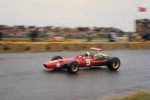 Chris Amon in a Ferrari V12, Dutch Grand Prix, Zandvoort, 1968